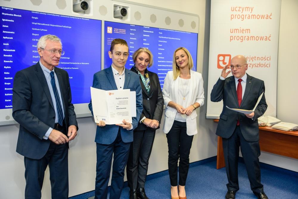Na zdjęciu od lewej: Włodzimierz Marciński, Paweł Starościak, Marzena Śliz, Ewa Krupa, Jacek Wojnarowski